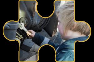 Employment CONNECT logo banner jigsaw image 2